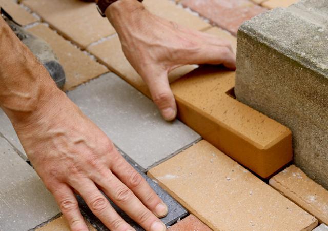 Präzises Arbeiten ist das handwerkliche Fundament für gute Gestaltung.