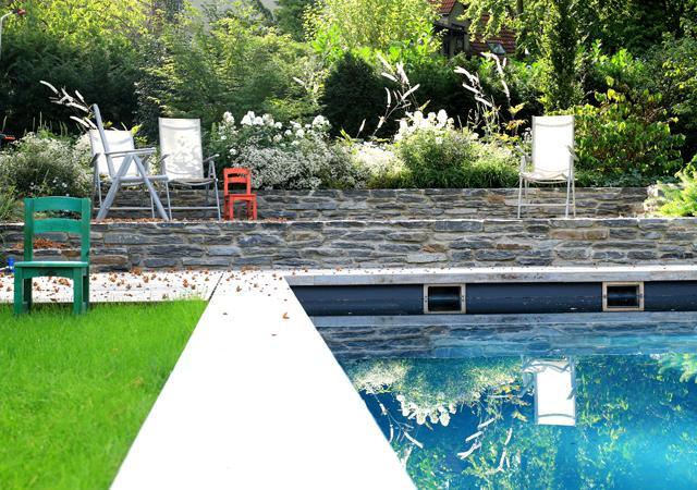 Liegeplatz am Pool